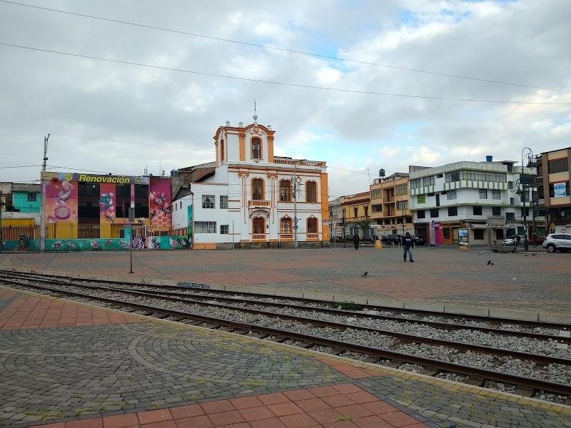 Plaza Eloy Alfaro