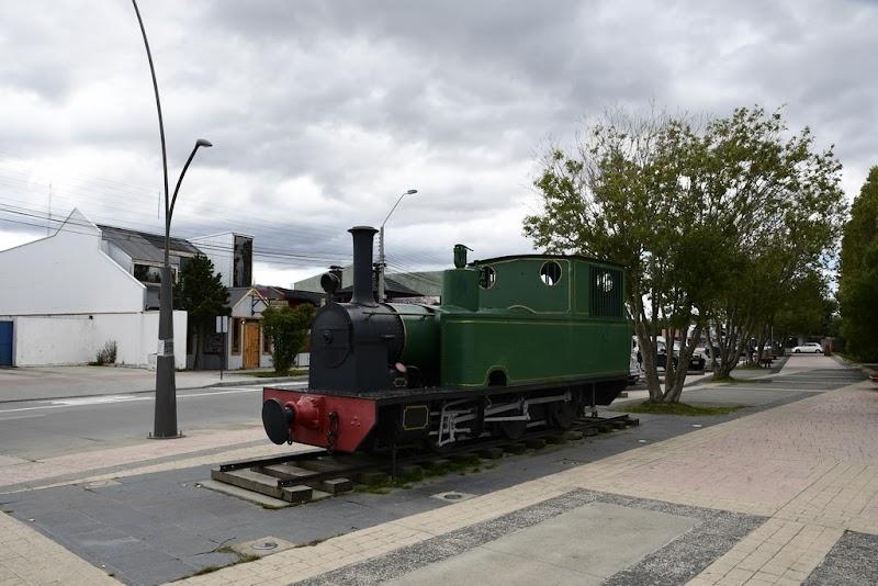 Locomotora Mc Lleland- Plaza Puerto Natales