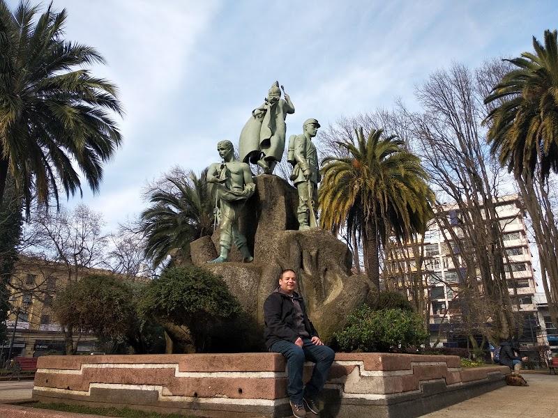Plaza Anibal Pinto