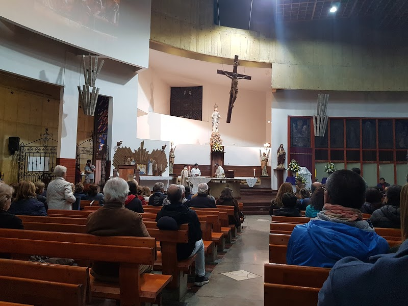 Parroquia Santa María de Los Angeles