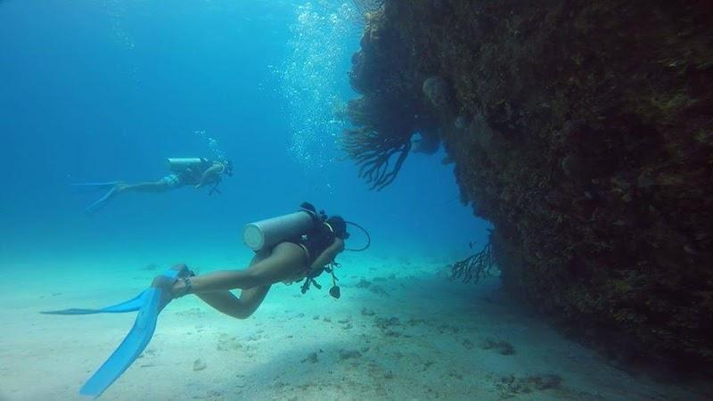 Caribe Azul Centro de Buceo